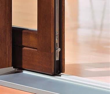 Сдвижная дверная конструкция