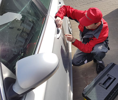вскрытие двери авто
